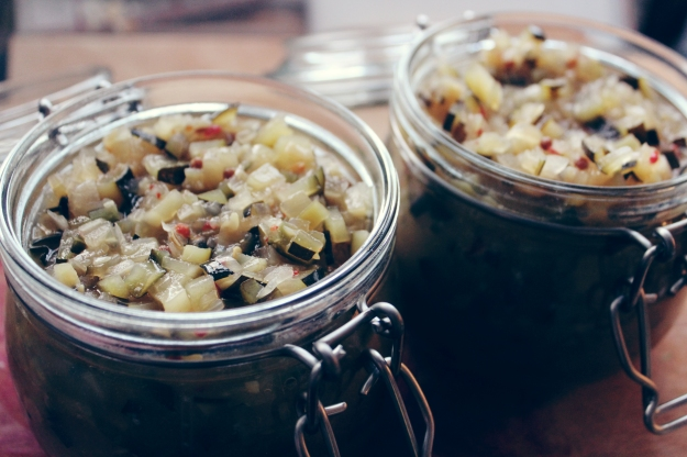Sweet courgette relish