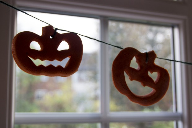 Salt dough Halloween garland | Baking Betsy