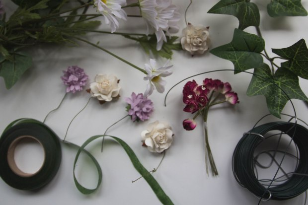 The perfect floral crown DIY for May day, midsummer and festivals